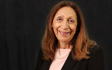 Photo of Dr. Roslyn Vargas