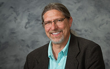 Photo of Dr. Scott H Suter